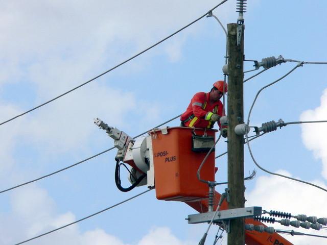 Objetivo, cursos e reciclagem da NR-10 - serviço em sistema elétrico de potência