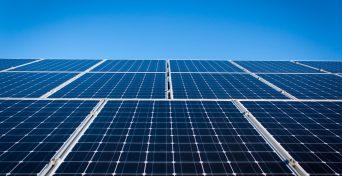 Incidência de ICMS, PIS/COFINS sobre Energia Solar - painéis solares